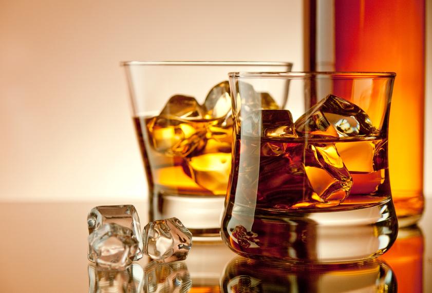 http://www.stapletondenver.com/wp-content/uploads/Cocktail_0.jpg