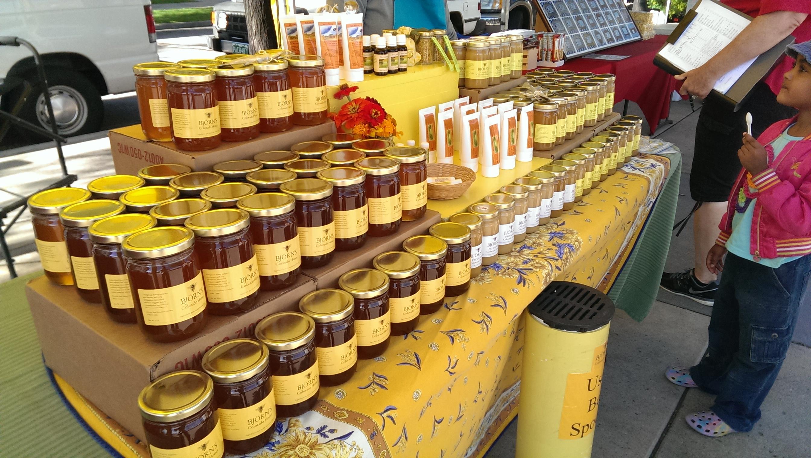 HoneyVendorStapletonFarmersMarket