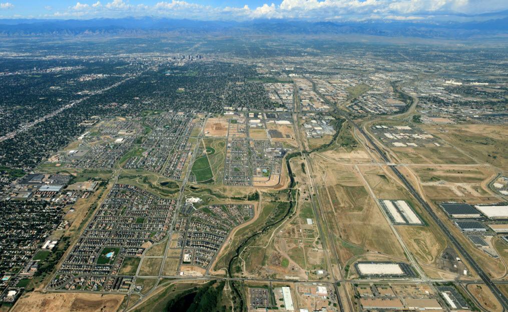 http://www.stapletondenver.com/wp-content/uploads/New_Stapleton_Aerial_1.jpg