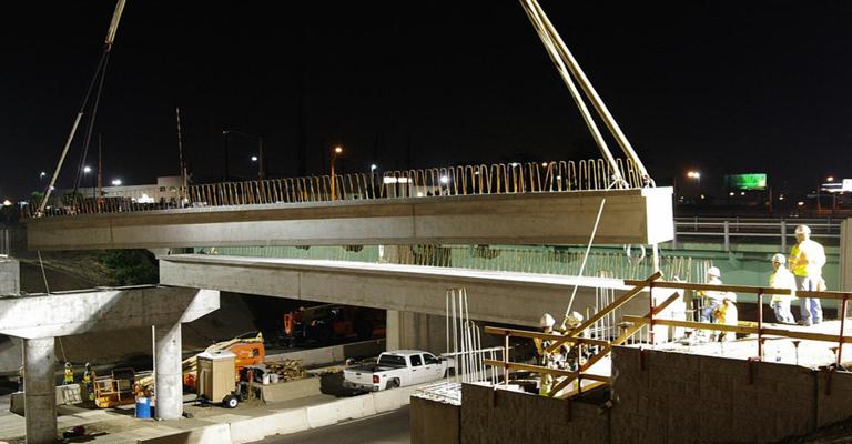 http://www.stapletondenver.com/wp-content/uploads/Quebec-Street-RTD-Construction-Photos-2.jpg